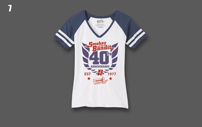 2017 Bandit Run Womens V-neck T-shirt