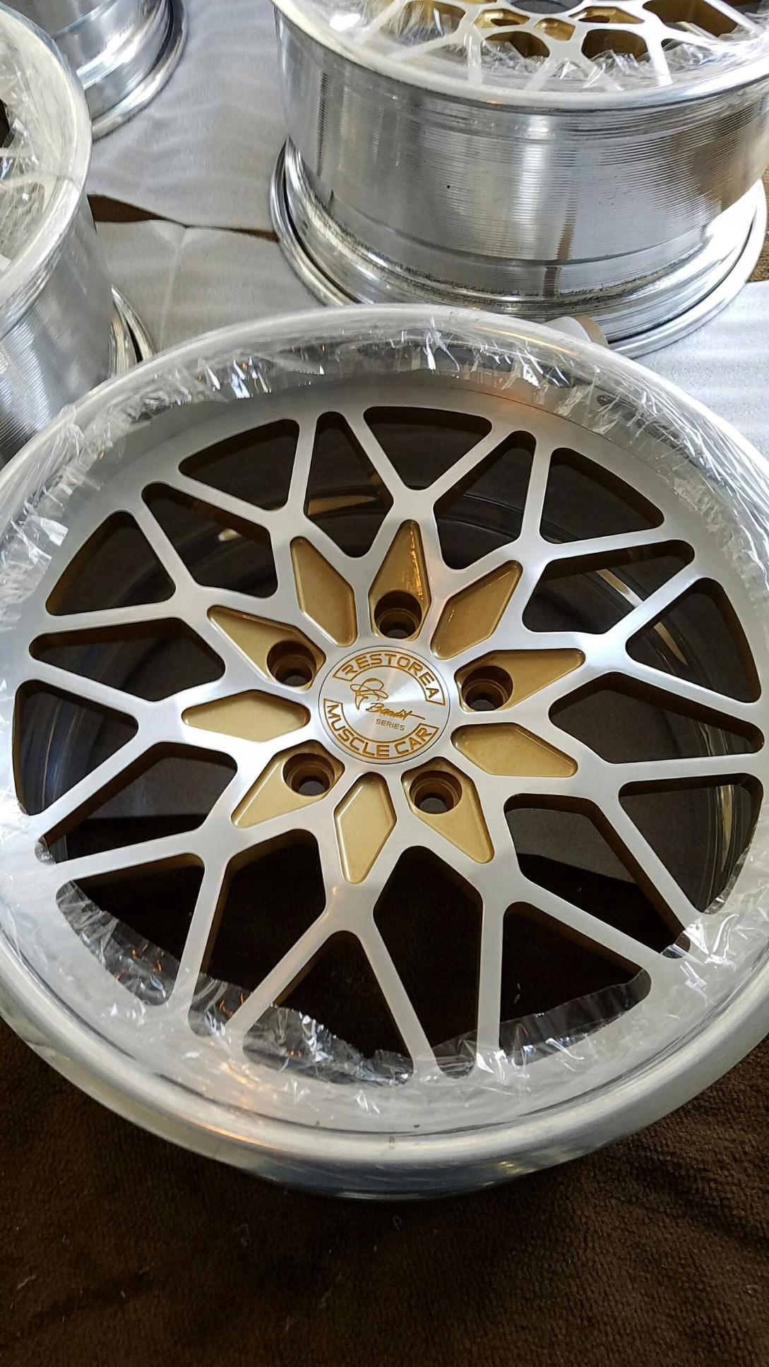 On Sale Custom Snowflake Billet Aluminum Wheels For