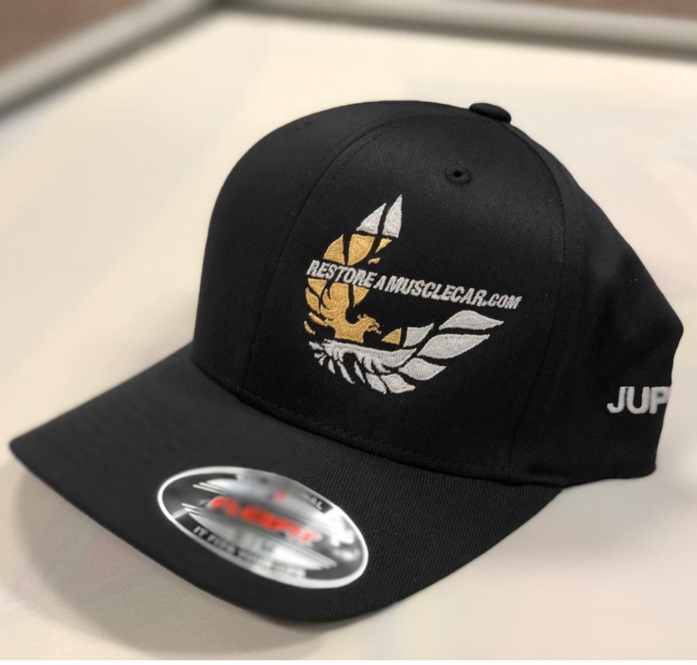 c32caa92842 2018 Bandit Run Flexfit Hat Black Gold ...